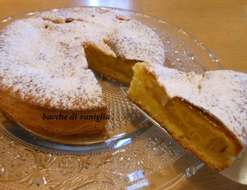 Torta soffice cuor di mela e rosmarino senza glutine