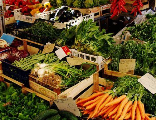 Allarme su possibili speculazioni sui prezzi di frutta e verdura