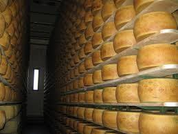 Un marchio per i produttori di latte del Grana Padano